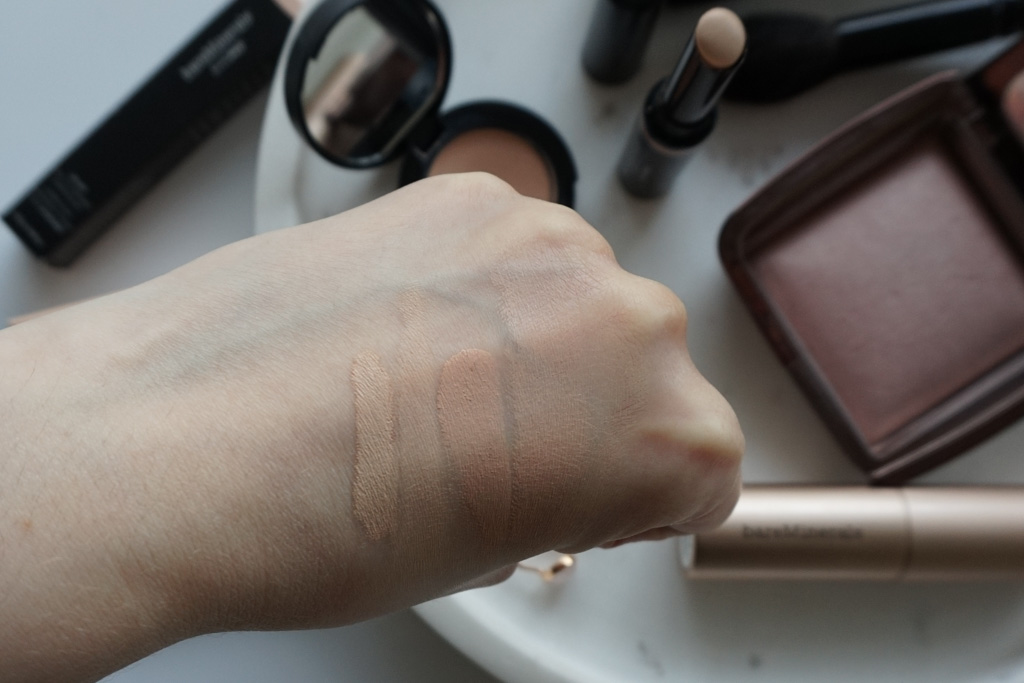 bareMinerals Correcting Concealer SPF 20 Light 1 barepPRO 16-hour Full Coverage Concealer Fair-Cool 01 swatches review recenzia