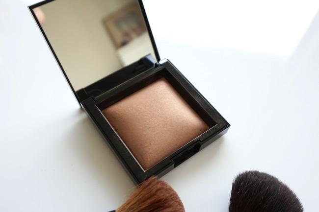 bareMinerals Invisible Bronze Powder Bronzer fair light recenzia review